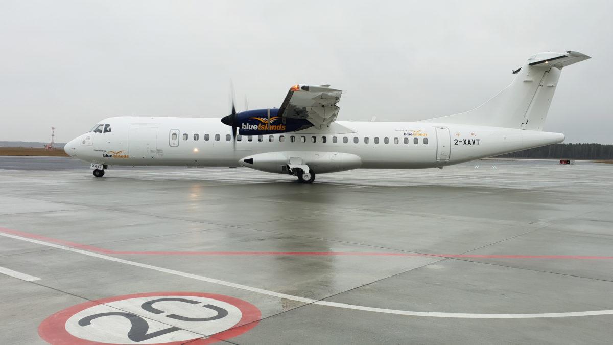 Malarnia cywilna w WZL Nr 2 S.A. ATR 72-500 pomalowany