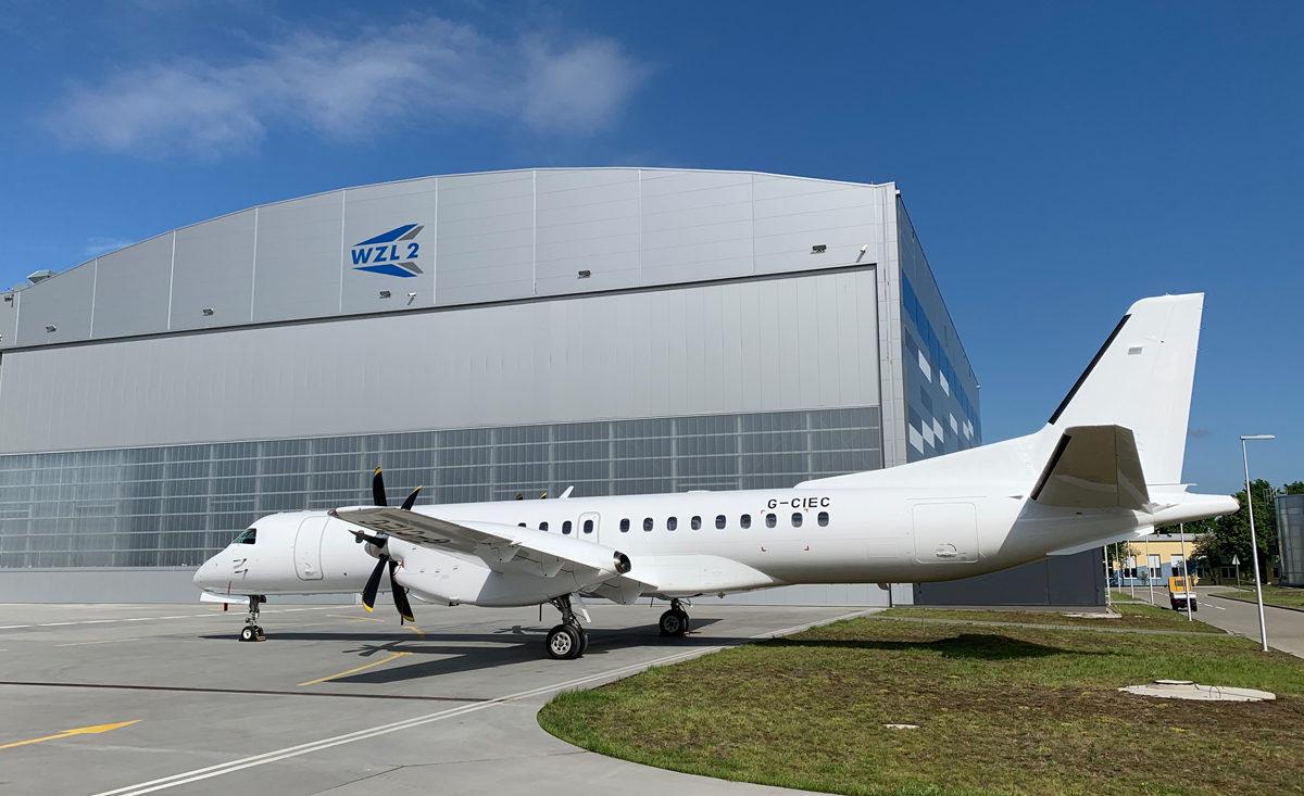 Malowanie samolotu SAAB 2000